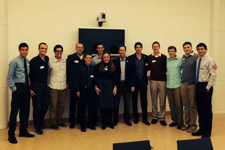 Congressman Rodney Davis (IL-13) meets with UIUC student leaders in 2014 to discuss the Iran Deal.